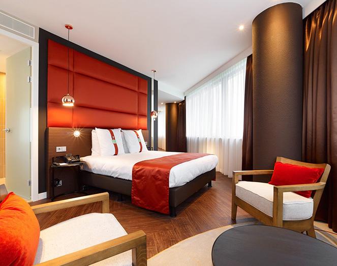 https://www.meuviro.nl/wp-content/uploads/2013/10/inrichting-interieur-hotel-meuviro-01.jpg