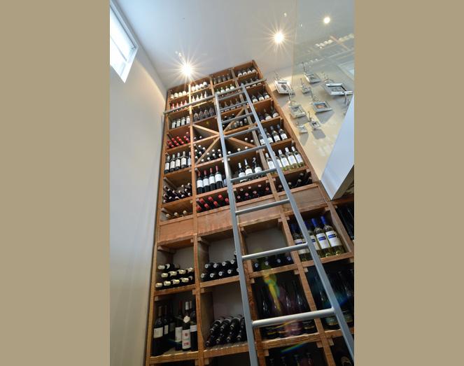 Woning inrichting wijnkelder meuviro