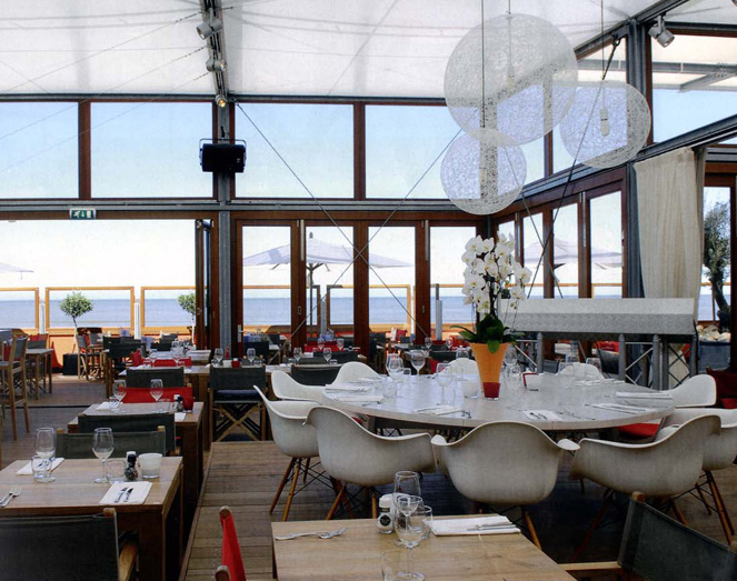 Restaurant interieur Bries Noordwijk door Meuviro interieurbouw.