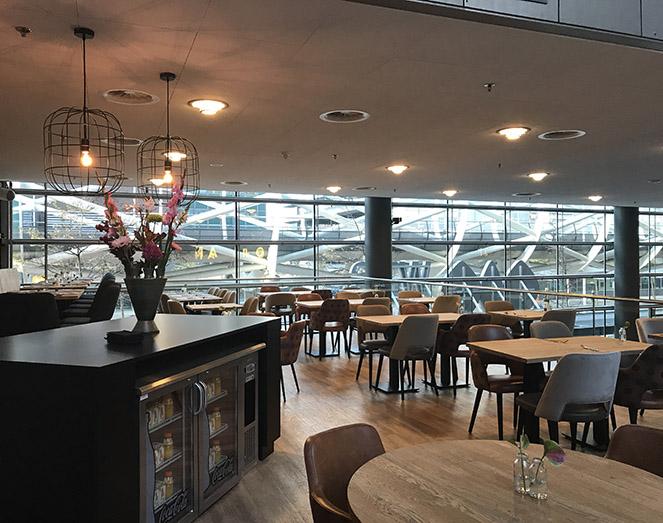 Horeca inrichting restaurant NH Meuviro Interieurbouw